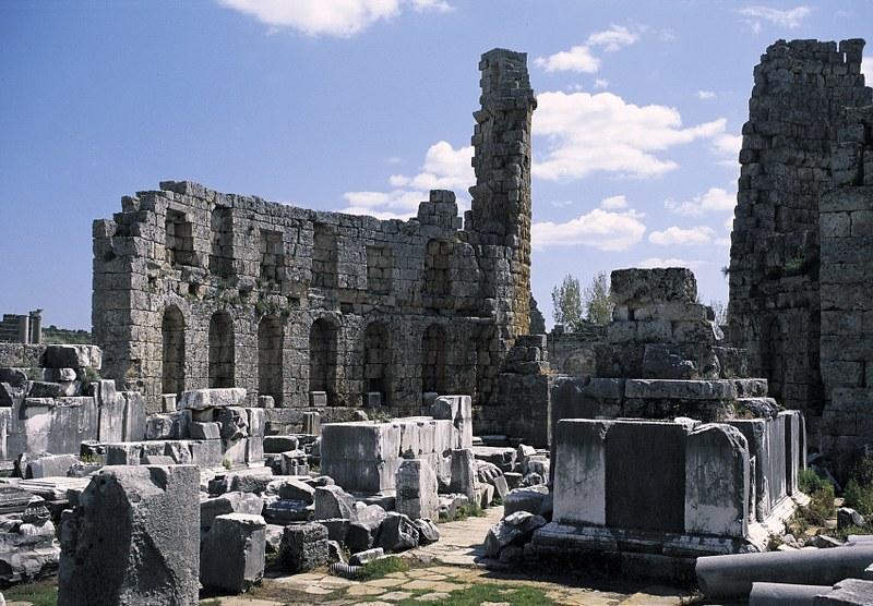 Perge Antik Kenti - Herkül Lahiti